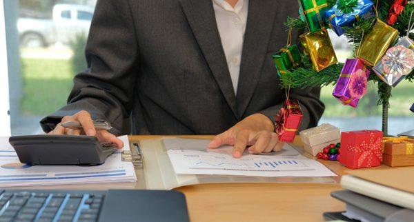 Managing the Christmas Cash flow Crisis